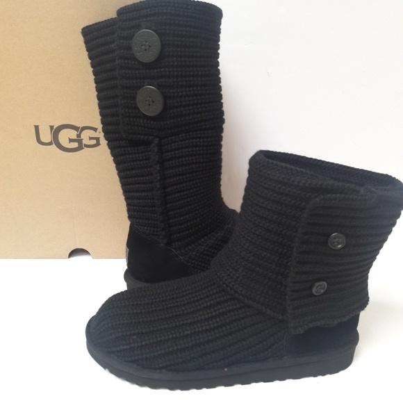33e72cb8e04 UGG knit boots. 7 Women's, 5 kids NWT
